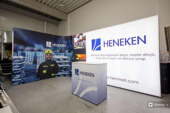 Oblý výstavní stánek 5x3m - Heneken